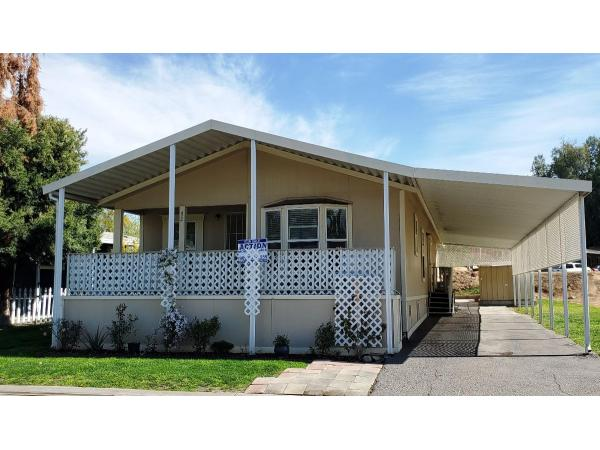 BEAUTIFUL MOBILE HOME 3 BEDROOMS 2 BATHS